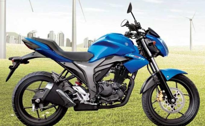 Suzuki Gixxer dengan Spesifikasi berbeda