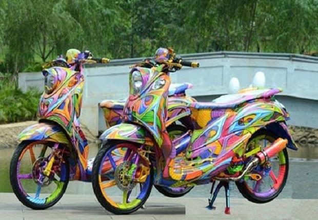 Sentuhan Kreatifitas Modifikasi airbrush Yamaha Mio di tahun 2014