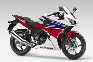 Harga Terjangkau Ditawarkan All New Honda CBR250R di Pasar Otomotif