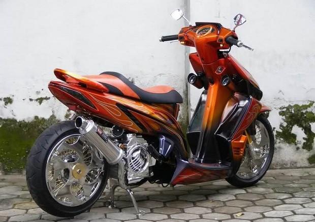 Kecepatan Maksimun Skuter vario dengan Motor sport