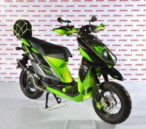 Wajah berbeda Yamaha X-RIDE Mengusung Tema Skuter Supermotard