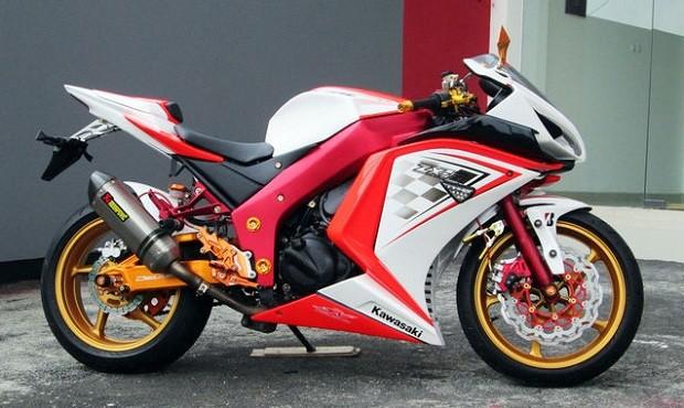 Konsep Terbaru untuk Wajah Ninja 250 Jadi Lebih Sporty