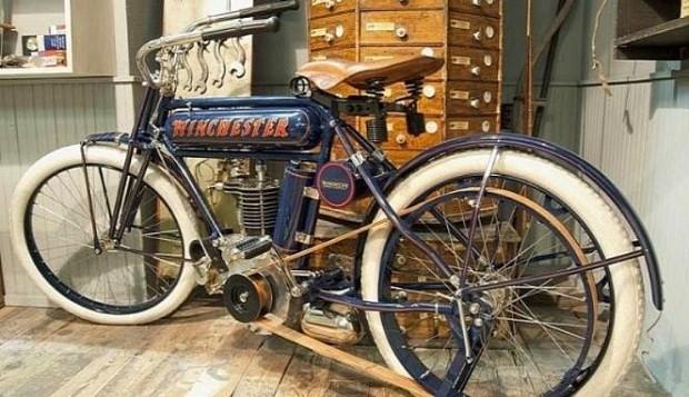 Penampakan Motor Klasik Winchester 1910 Dengan Harga Selangit