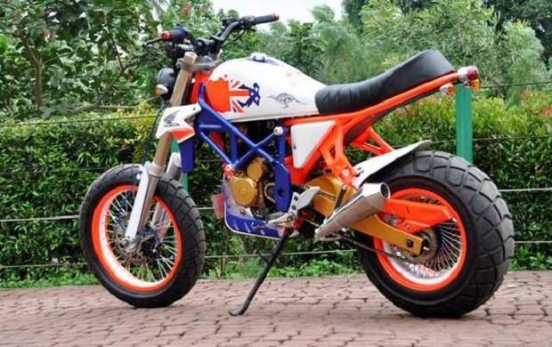 Honda Tiger Tampil Beda Dengan Konsep Super Dirt Bike