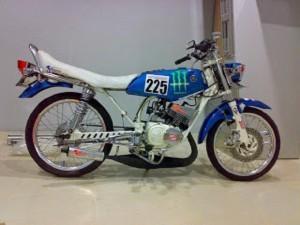 Konsep Modifikasi Drag Yamaha RX King Khusus Jiwa Muda Penggila Jalanan