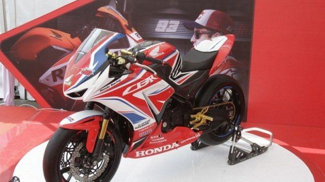 Ubah Tampilan dengan Modifikasi airbrush Honda CBR150R Lokal