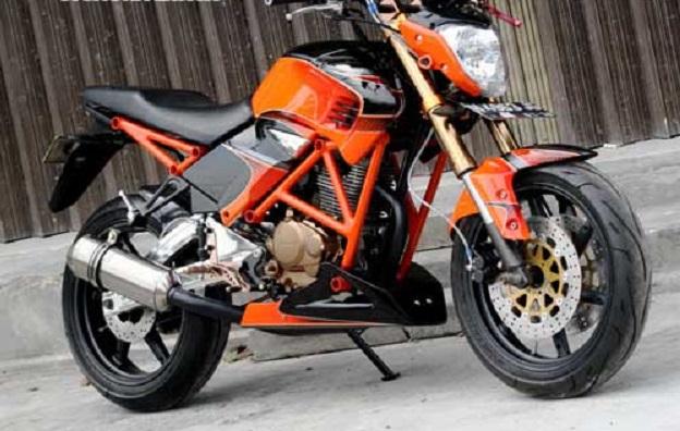 Modifikasi Street Fighter Honda Megapro 2006 Lebih Kekar dan Berotot