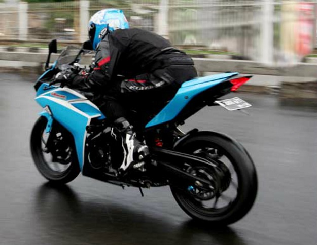 Upgrade Performa Harian Yamaha YZF-R25 Racikan Ultraspeed Racing
