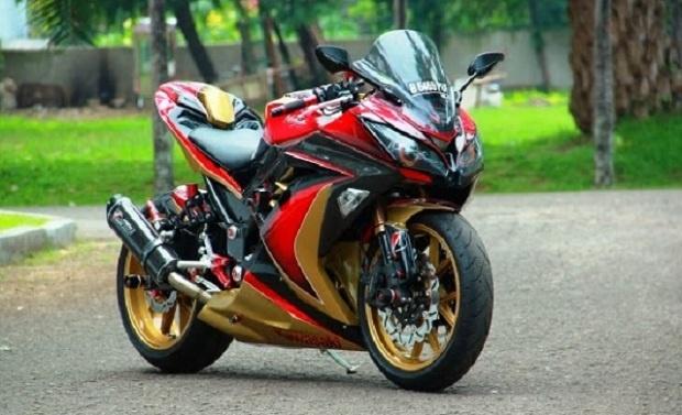 Konsep Terbaik Kawasaki Ninja 250 bergaya Iron Man