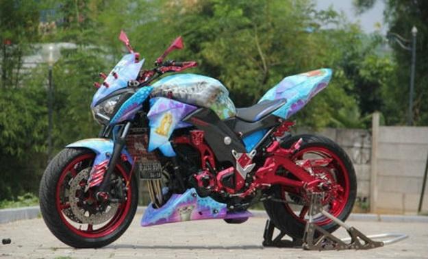 Modifikasi Kawasaki Naked Sport Kamuflase Z800, Garapan Terbaru