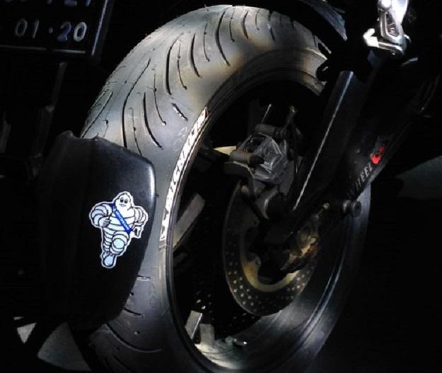 Penggabungan Ban Dengan Teknologi 2AT dan XST+ Membuat Prouk Michelin Pilot Road 4 Unggul