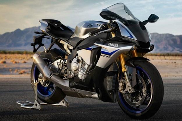 Yamaha Belum Bisa Pastikan Kapan Penjualan YZF-R1M di Indonesia