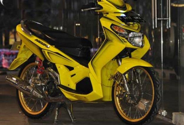 Modifikasi Yamaha Nouvo Z 2005, Pakai Harian Dan Touring Cukup apa Adanya
