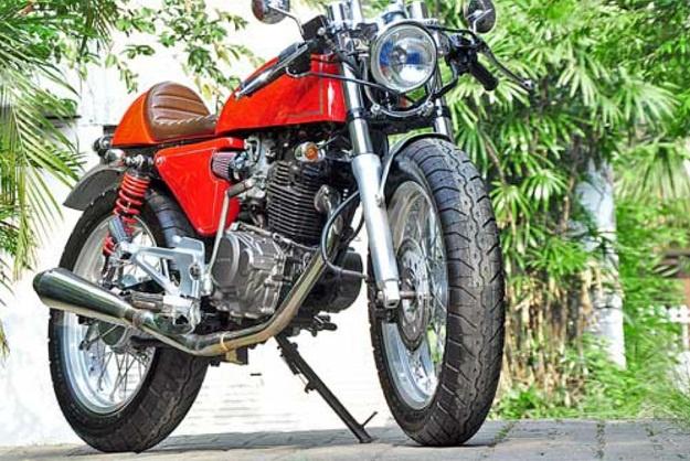 Modifikasi Cafe Racer Honda Tiger 2000, Kesan Klasik dan Gahar di Capainya