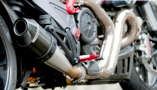 Modifikasi Ducati Diavel, Semakin Mewah Dengan Balutan Carbon 200 Jutaan
