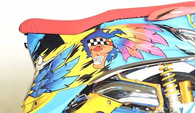 Modifikasi Yamaha Fino, Desain Air Brush Diambil Dari Corak Helm World Superbike Tahun 1990