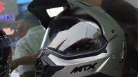 MTX Silver Helmet dari Yamaha