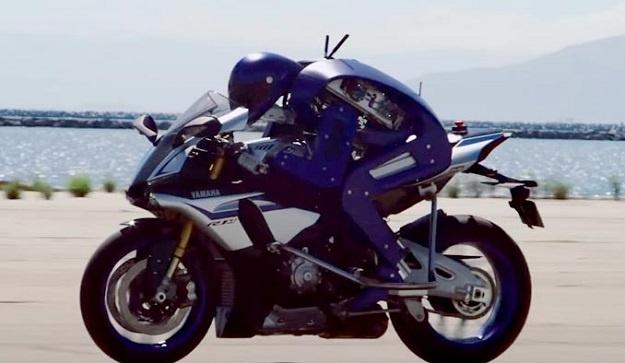 Yamaha Mengembangkan Robot Untuk Duel Dengan Valentino Rossi