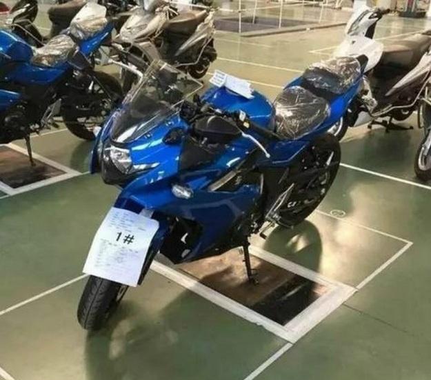 Suzuki Menyiapkan Motor Sport Baru Yang Berkapasitas 250 CC