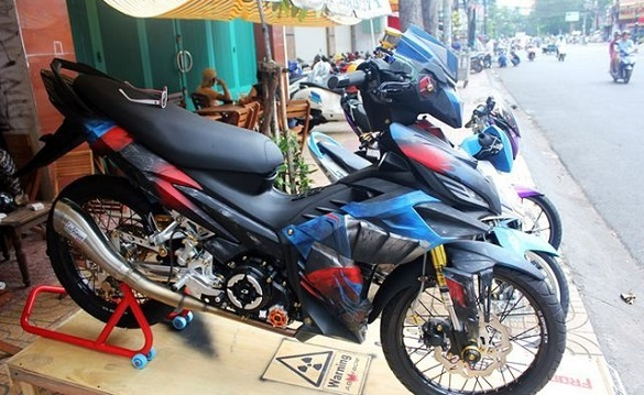 Modifikasi Yamaha Jupiter MX 135 Berbaju Transformer