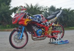 Modifikasi Kawasaki Ninja RR, Aliran Drag Style Thailand