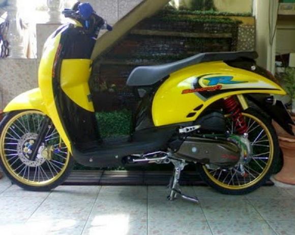 Galeri Modifikasi Honda Scoopy Terbaru